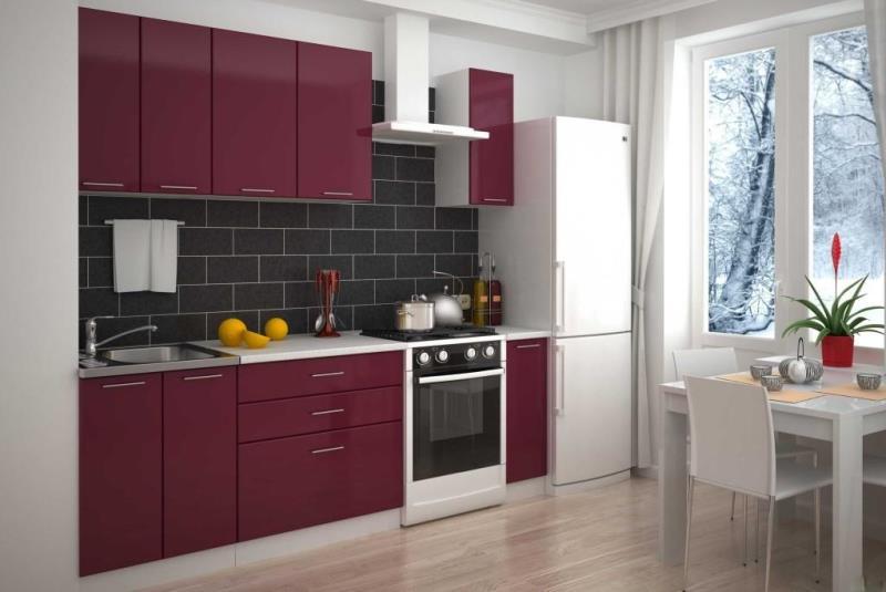 маленькая бордовая кухня