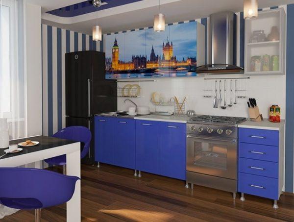 синяя прямая кухня